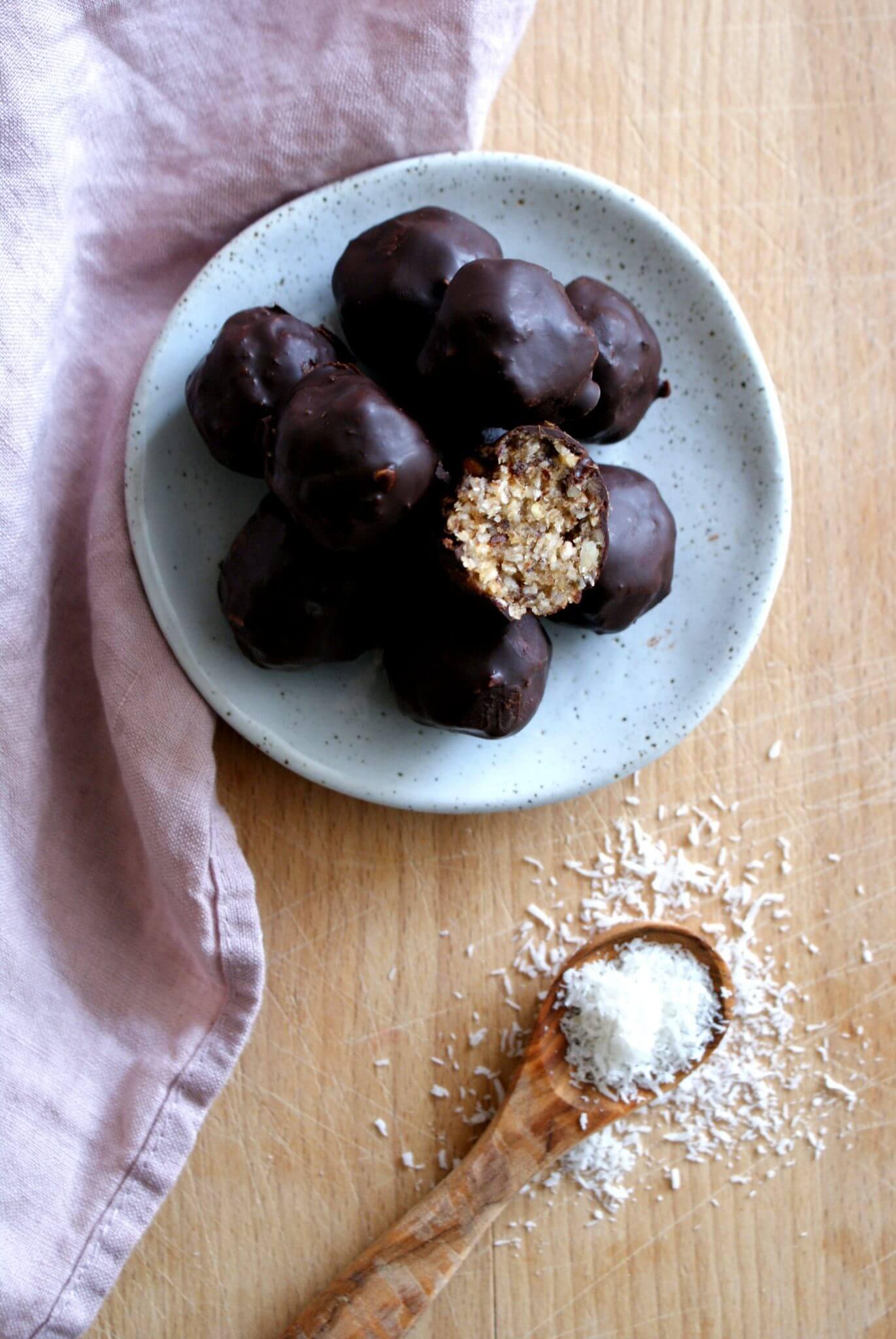 bliss balls met kokos en chocolade
