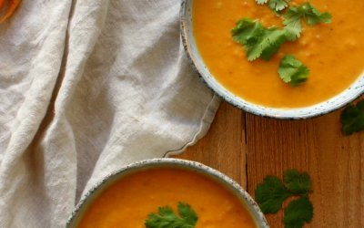 Zoete aardappel-kokos soep