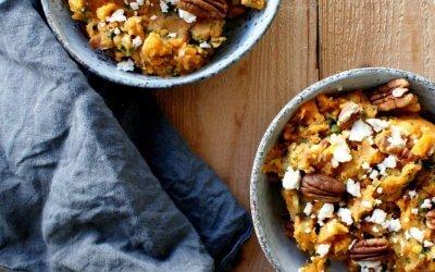 Zoete aardappel stamppot met feta en pecannoten