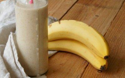 Smoothie met banaan en kokos