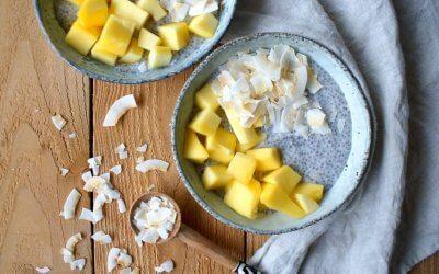 Chia pudding met mango en kokos