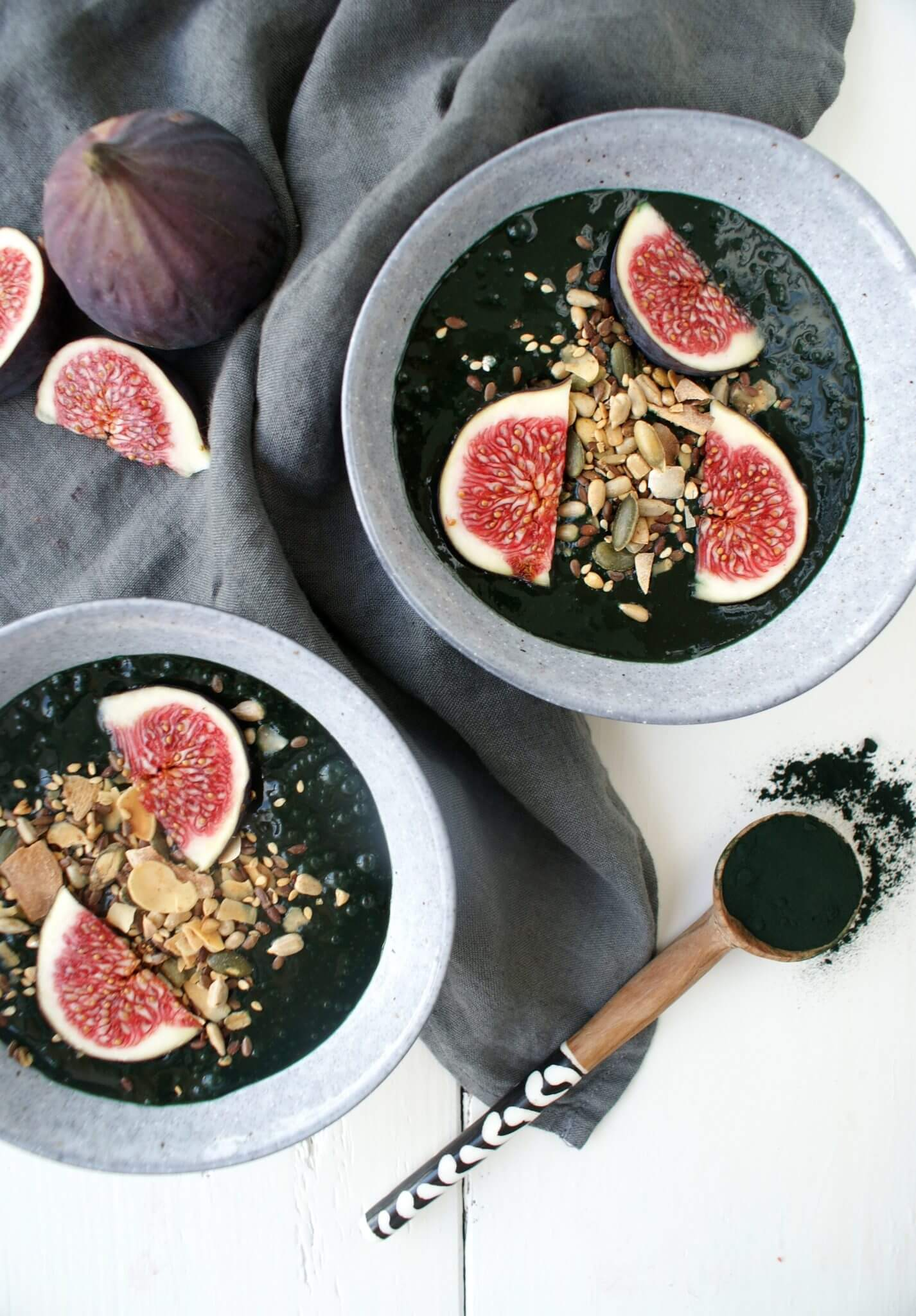 Smoothie bowl met spirulina