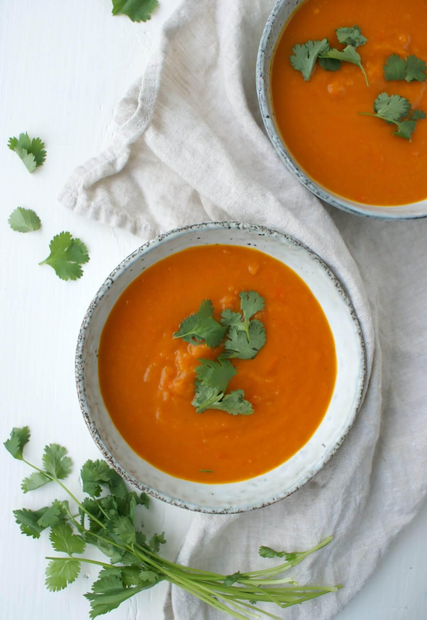 Soep van pompoen en geroosterde paprika