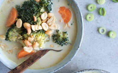 Groene curry soep met broccoli