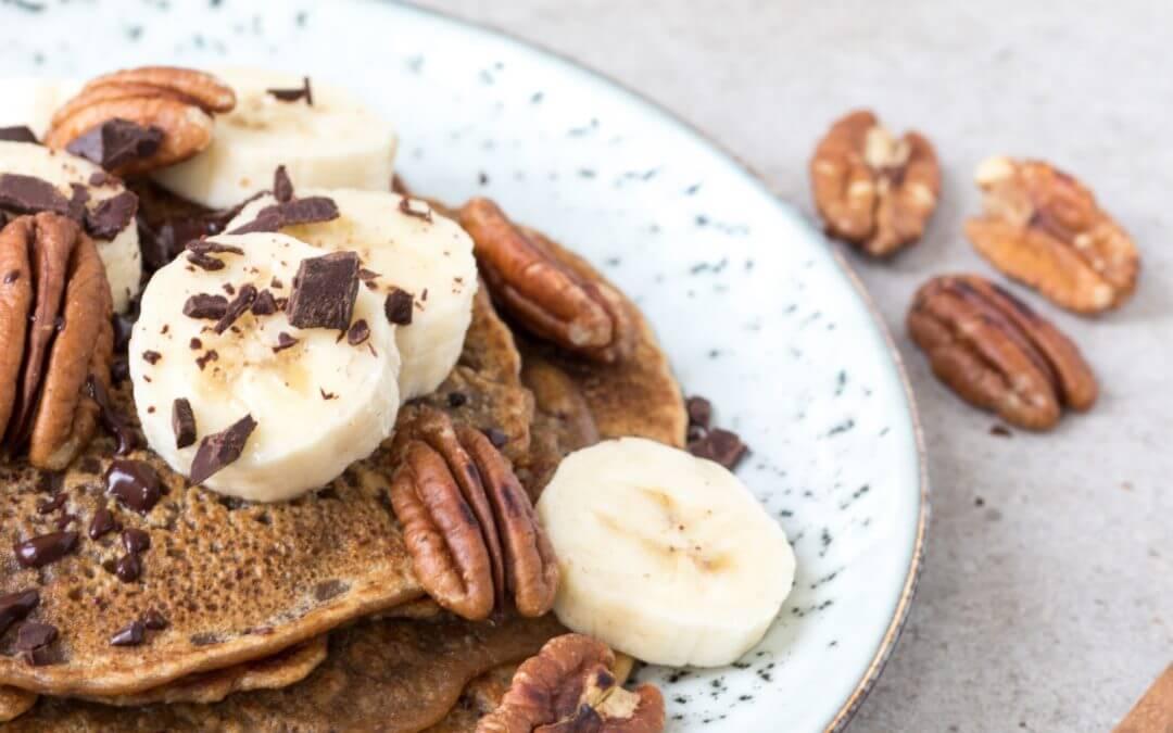 Pannenkoeken met koffie en chocolade