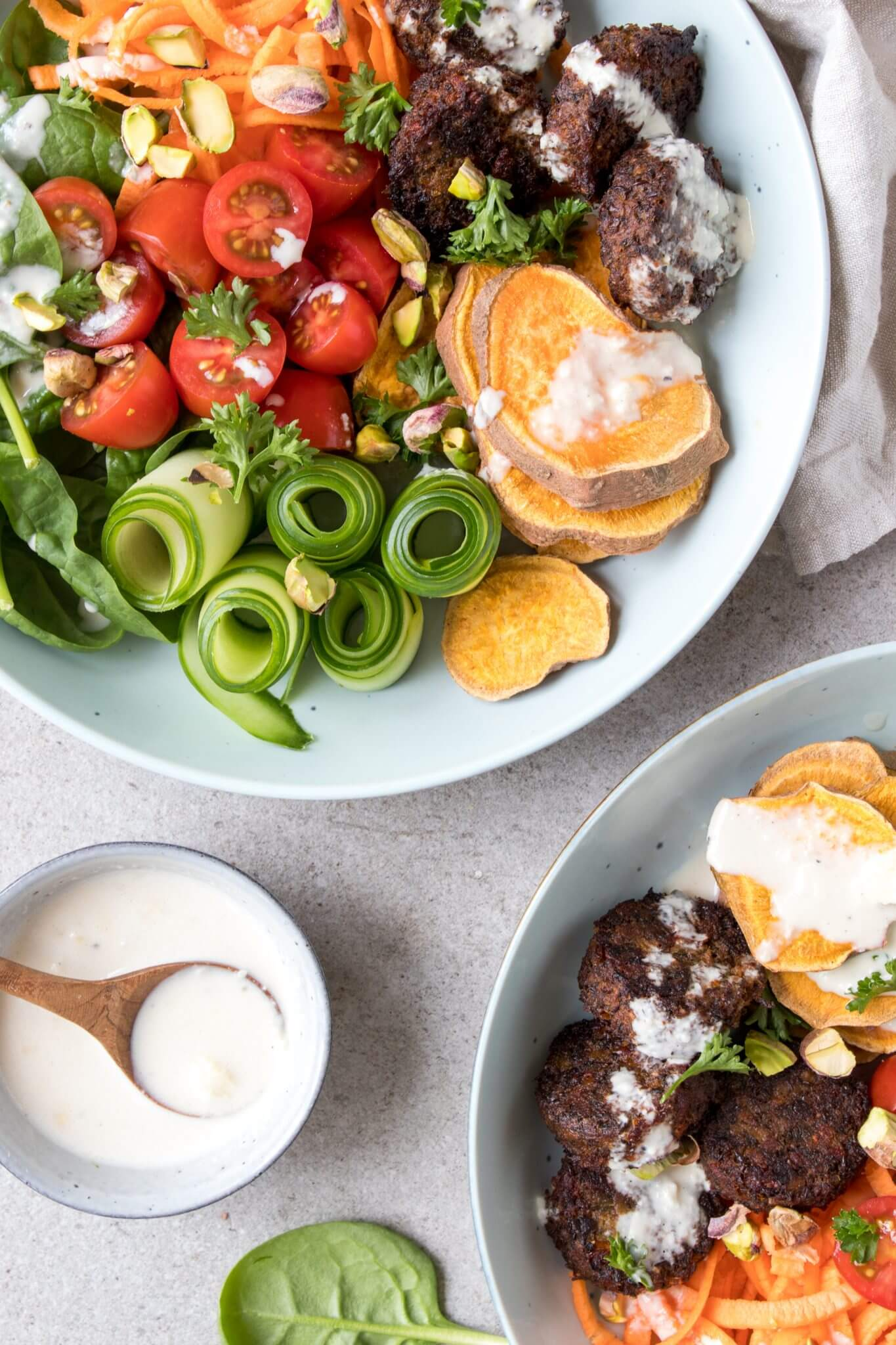 falafel-salade-knoflook-dressing