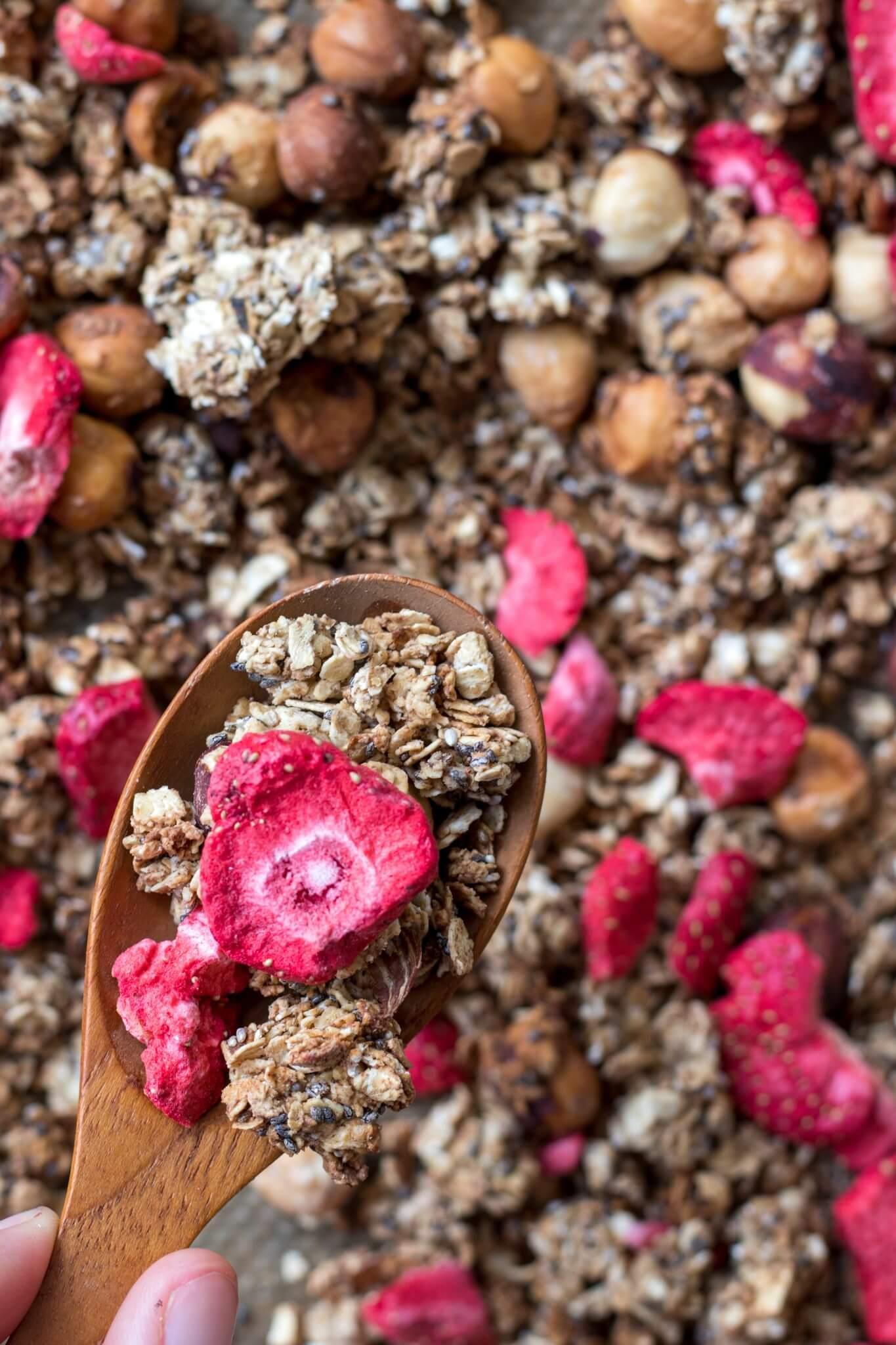 granola-met-aardbeien