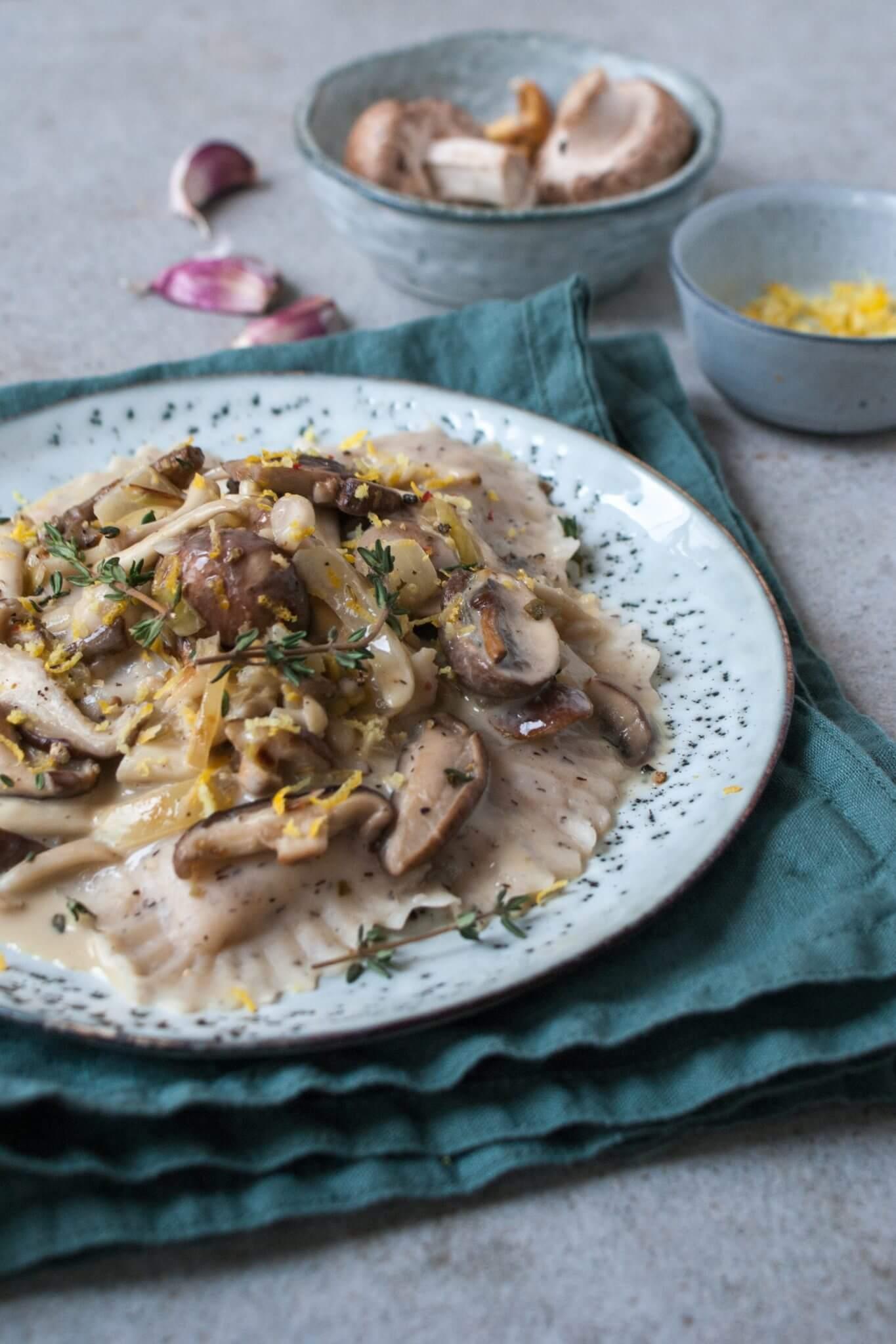 mezzelune-in-paddenstoelenroomsaus