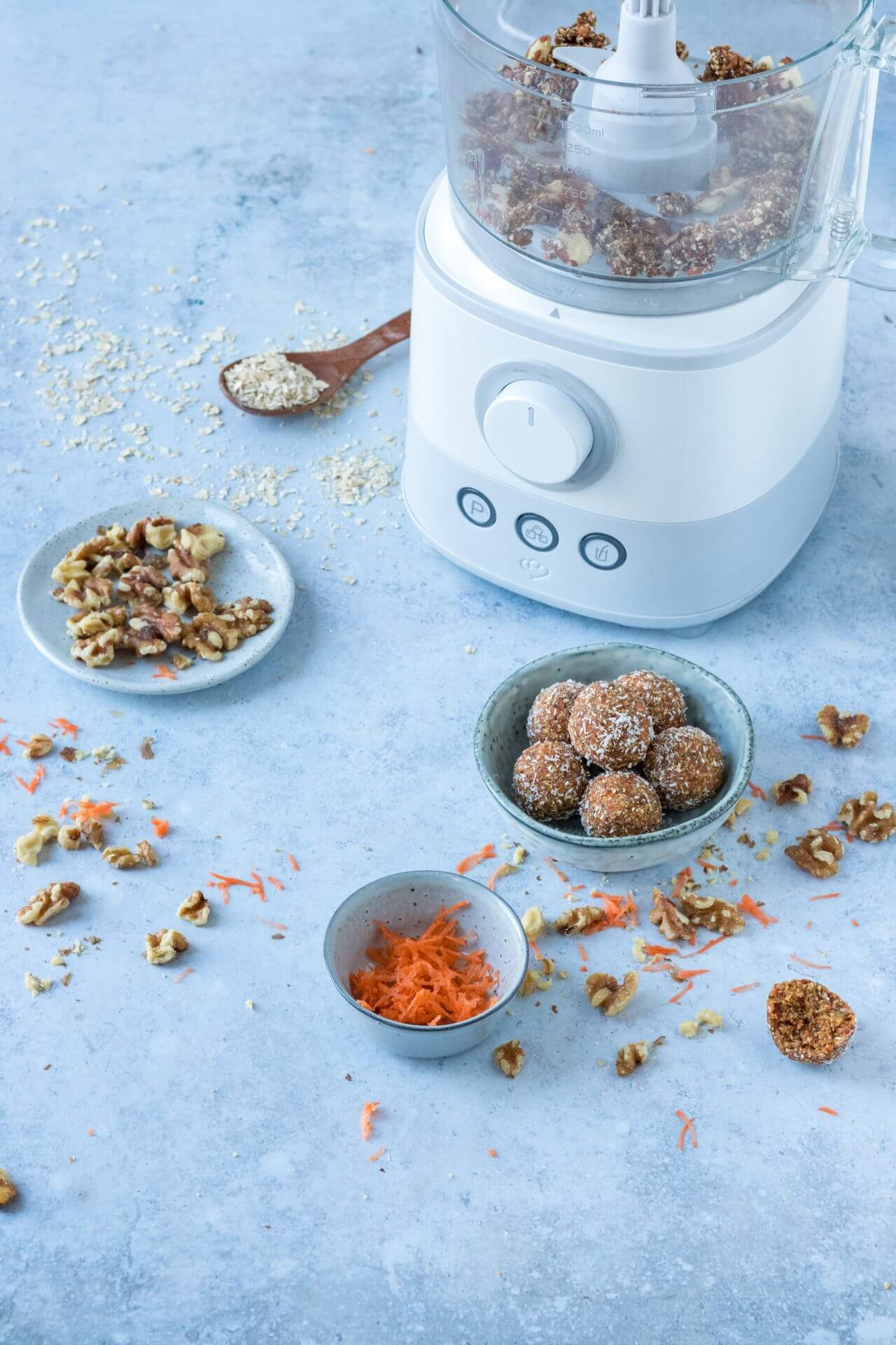 carrot-cake-bliss-balls