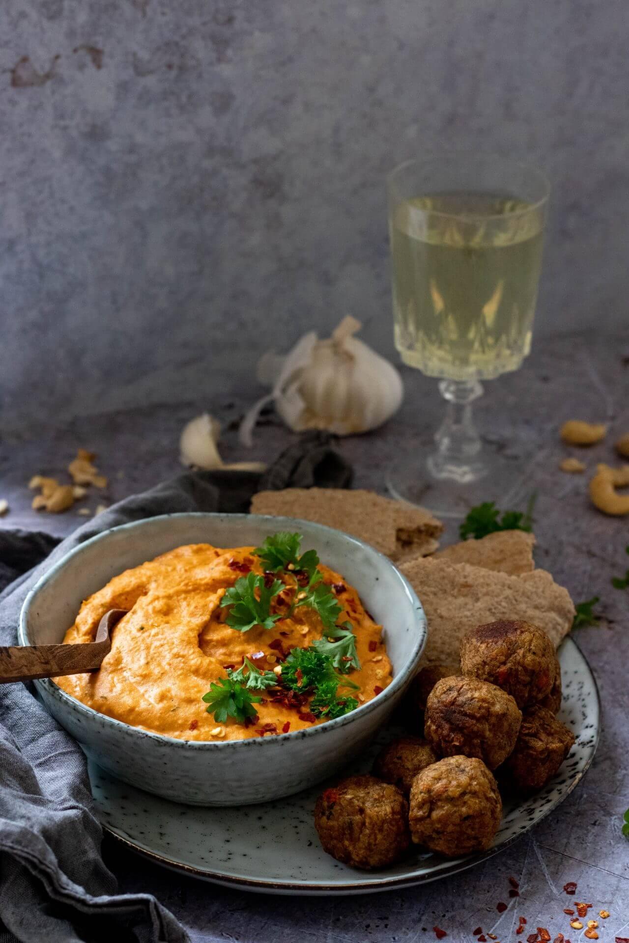 geroosterde-paprika-hummus