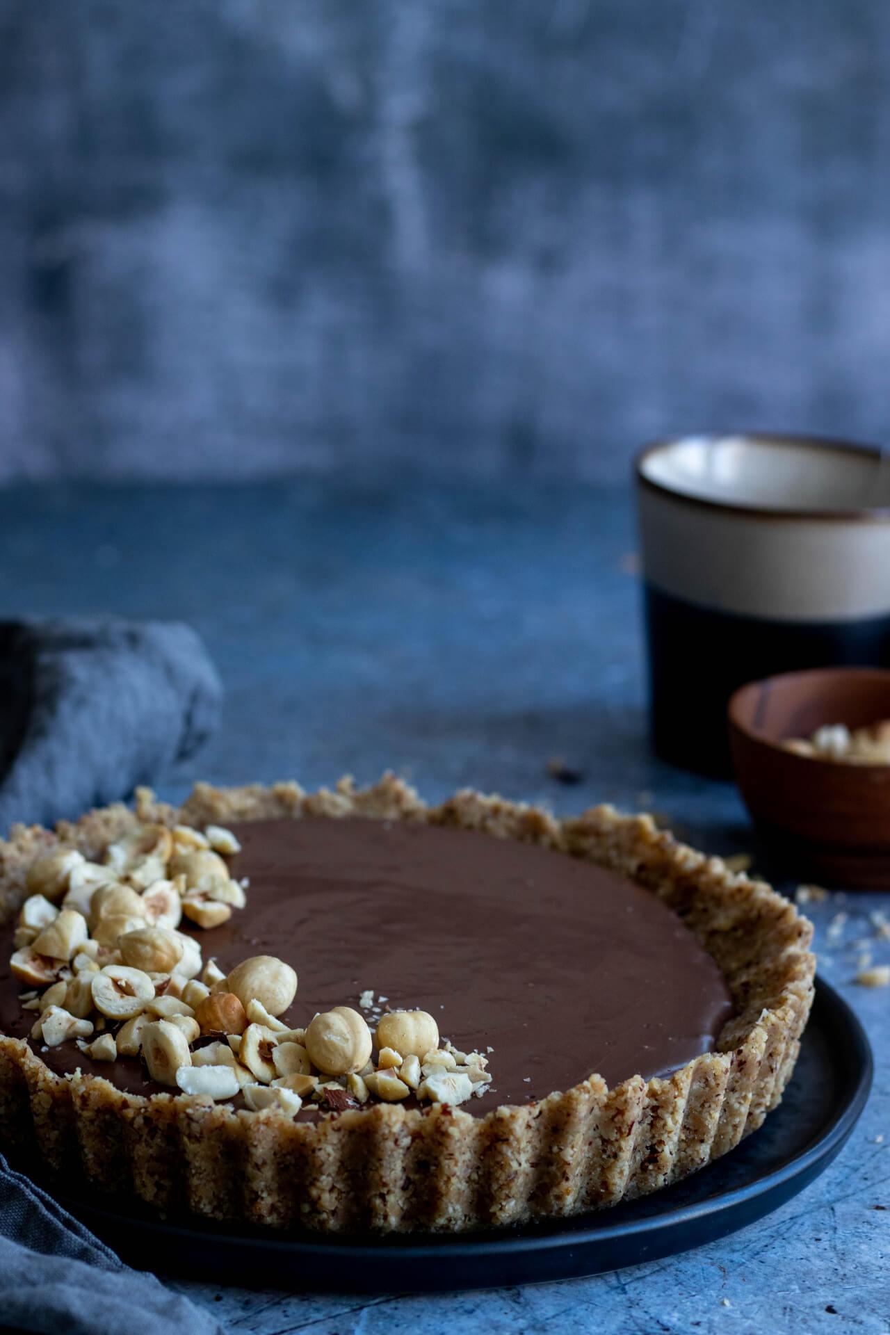 vegan-chocoladetaart-met-hazelnoten