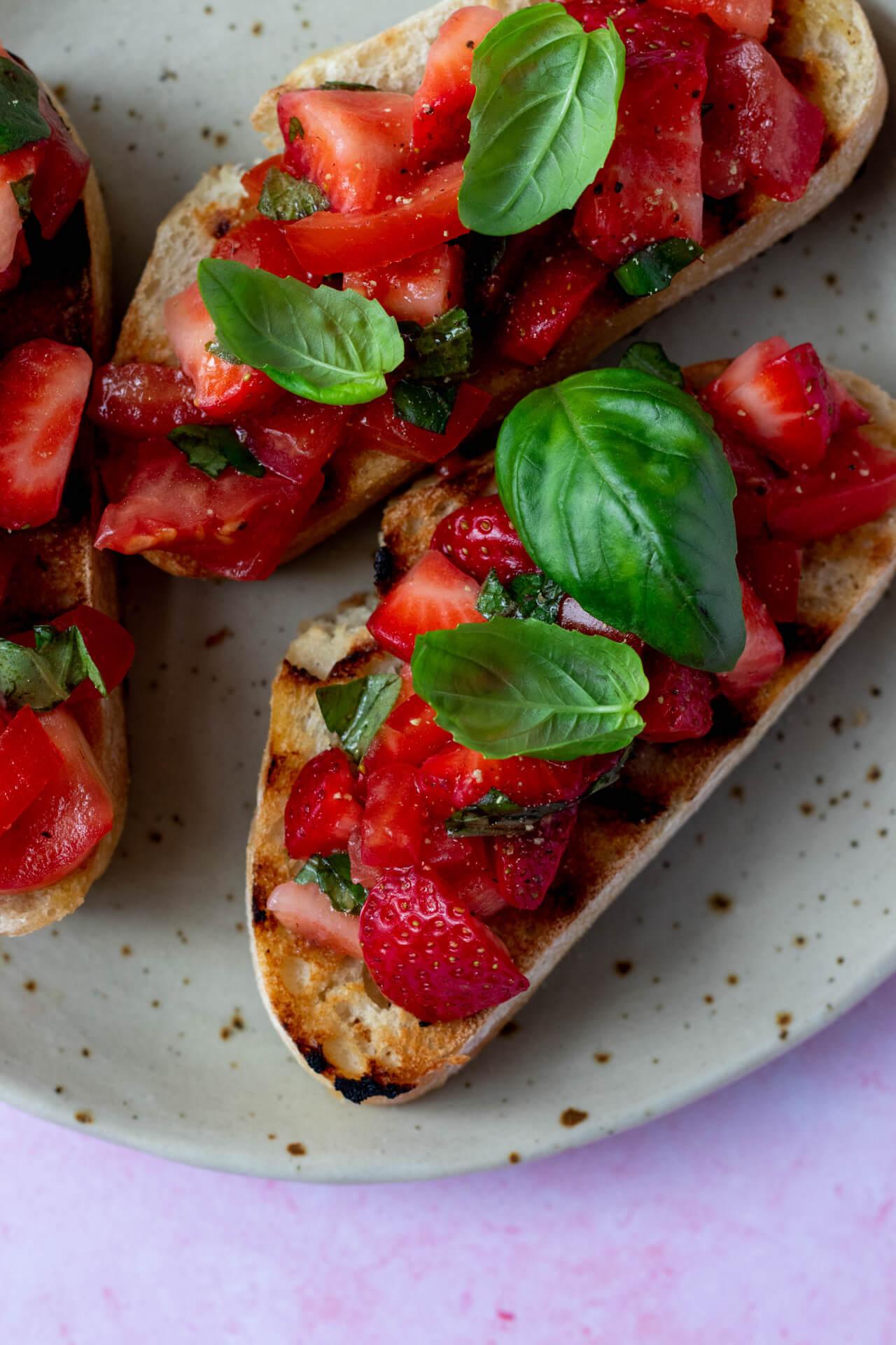 bruschetta-met-aardbeien