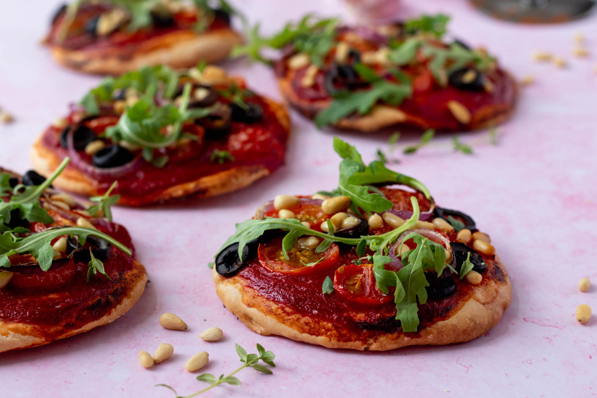 vegan-mini-pizzas