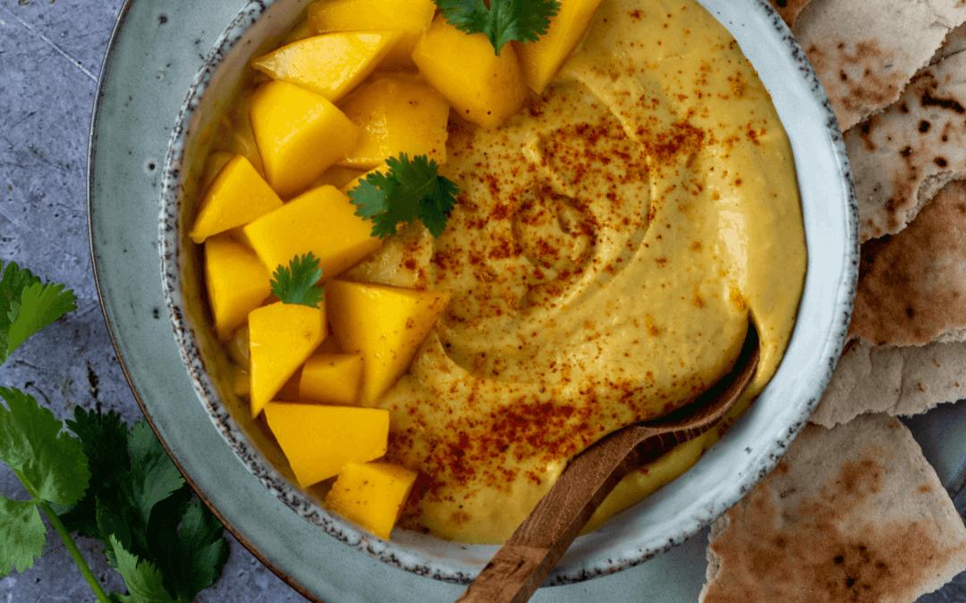 Gezonde hummus met mango